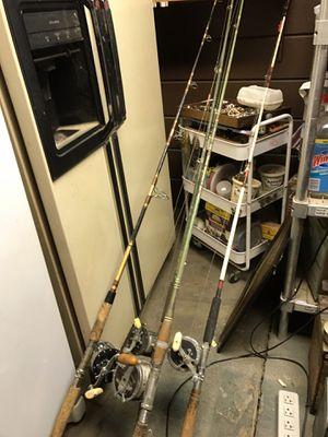 4 vintage Penn Fishing Rods & Poles 4/0 Senator, Master Mariner, Levelline 350, & Long Beach for Sale in Pleasant Hill, CA