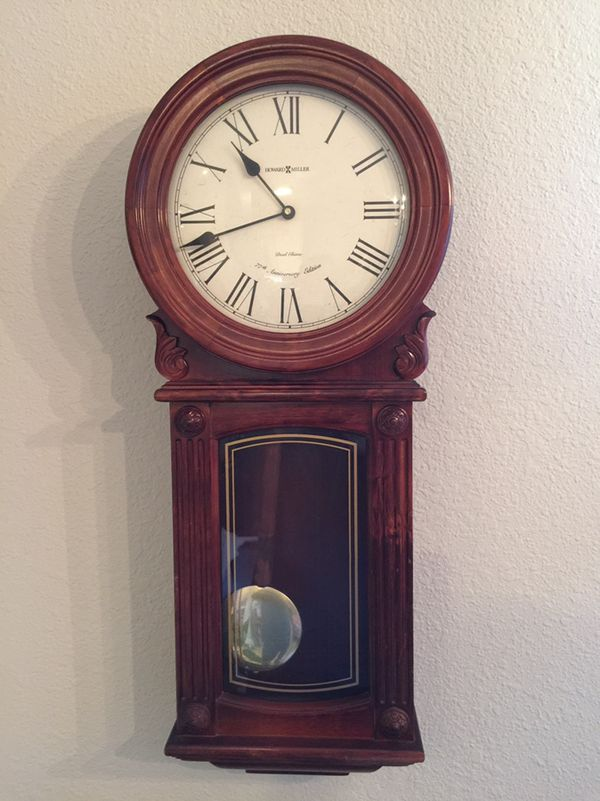 Howard Miller Dual Chime 77th Anniversary Edition Clock Collectibles In Victorville Ca Offerup