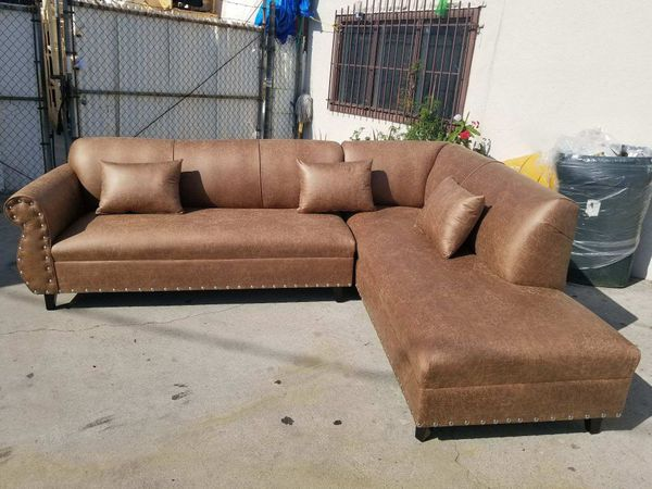 New 9x7ft Camel Leather Sectional Chaise For Sale In San