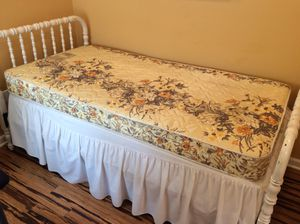 Single mattress & box spring for sale for Sale in Washington, DC