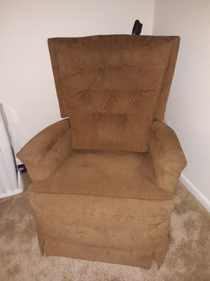 Reclining rocking chair for Sale in Manassas, VA