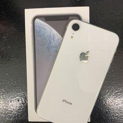 IPHONE XR 64 GB UNLOCKED  Thumbnail
