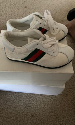 422cdce9b Kids Authentic Gucci shoes sz 25 in uk for Sale in Jacksonville, FL