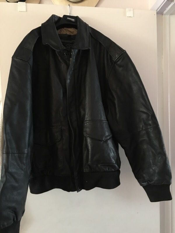 e4e15b7b4 Bomber jacket - US Navy for Sale in Fontana, CA - OfferUp