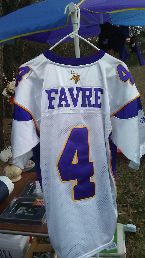 super popular 1ae65 7a1cf Favre Vikings jersey -Reebok for Sale in Norfolk, VA - OfferUp