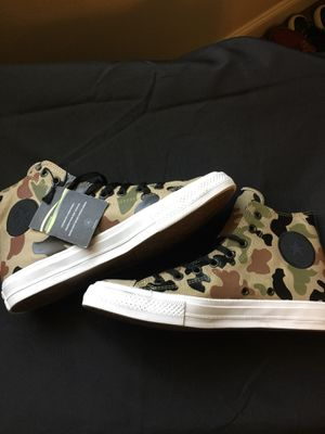 b32ea9d8bf9702 Converse All Star Chuck Taylor II Camo for Sale in Fontana