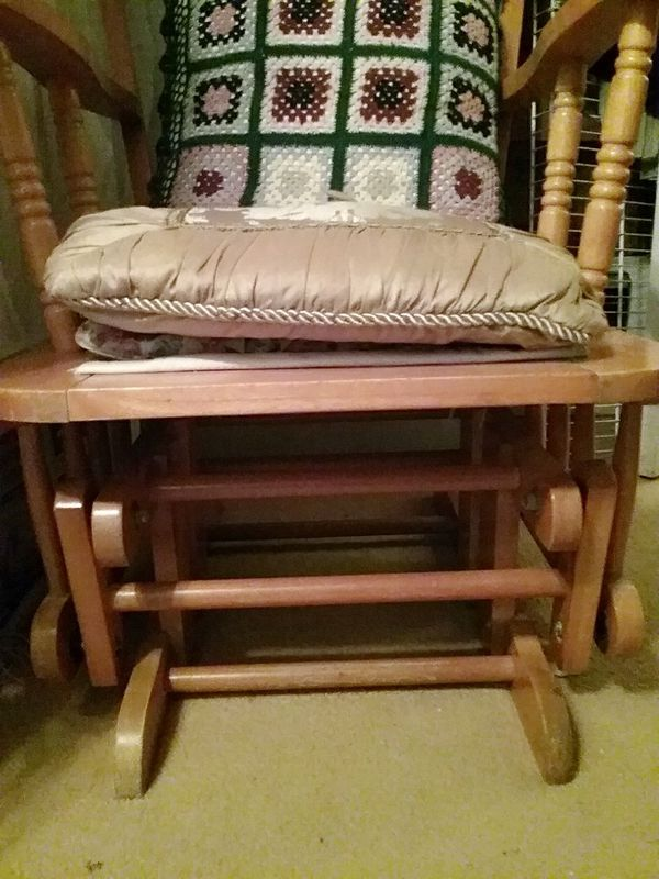 Wooden sliding chair for Sale in Port Charlotte, FL - OfferUp