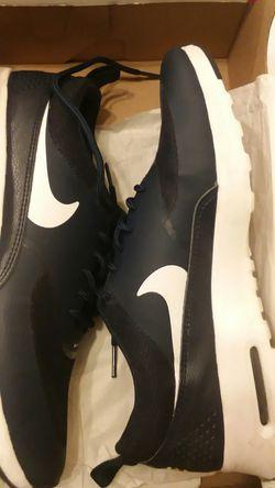 Woman's Nike air max thea Thumbnail