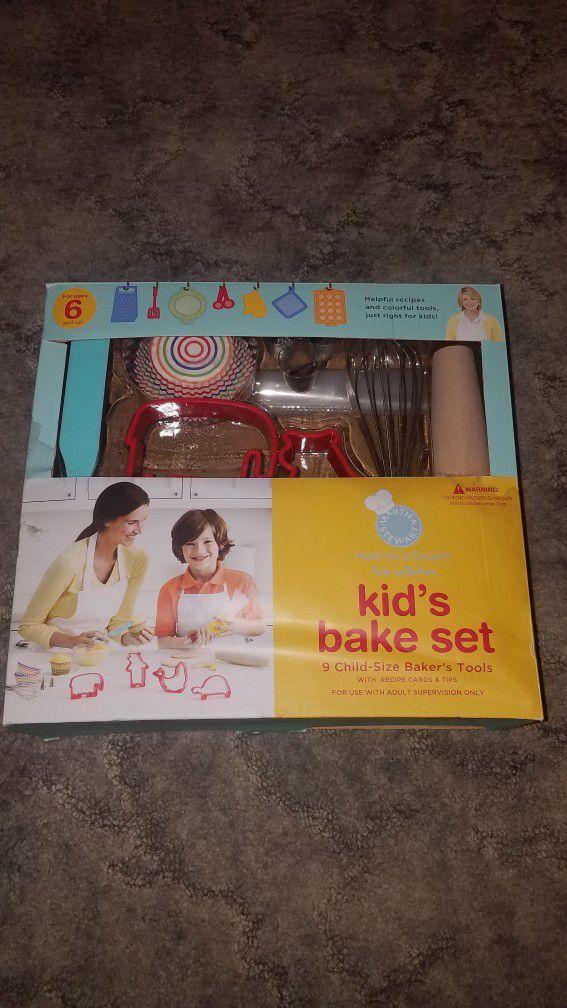 Unopened Martha Stewart Kids Bake Set