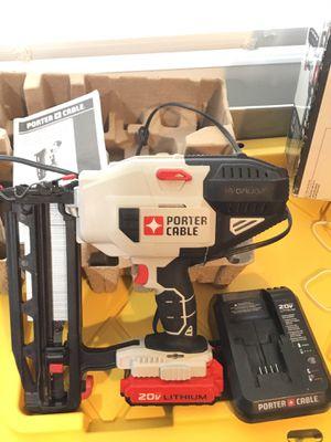 Photo Porter Cable 16GA straight finish nailer kit model: PCC792LA