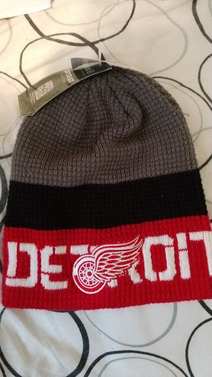 Detroit red wings winter cap for Sale in Dearborn Heights, MI