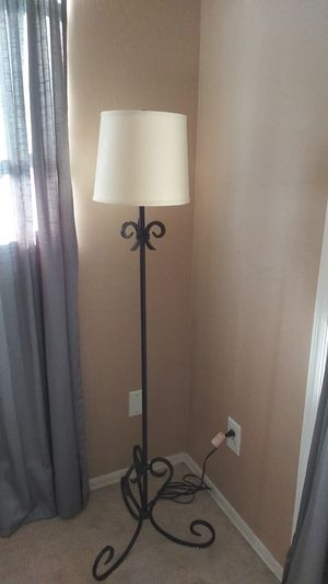 Floor lamp for Sale in Laveen Village, AZ