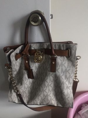 Michael kors bag for Sale in Colesville, MD