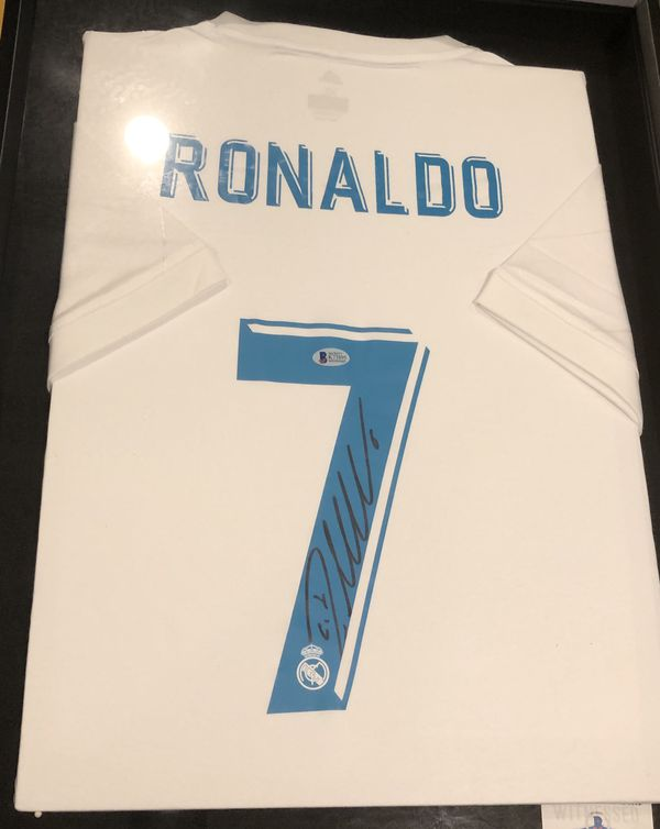 size 40 8244f d1e17 Cristiano Ronaldo Signed Real Madrid Jersey for Sale in ...