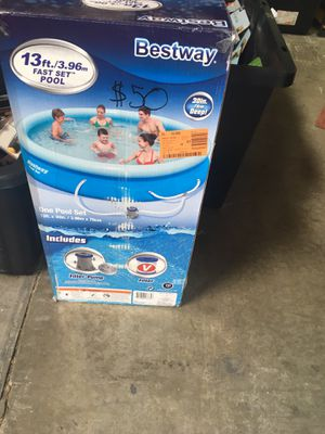 Swimming pool for Sale in Apple Valley, CA