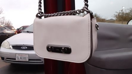 Coach handbag 20in Swagger in great condition Thumbnail