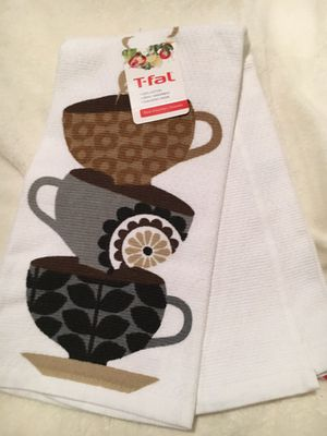New Kitchen Towels Set for Sale in Crownsville, MD