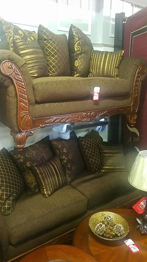 Brown sofa and Loveseat Set for Sale in Cleveland, OH