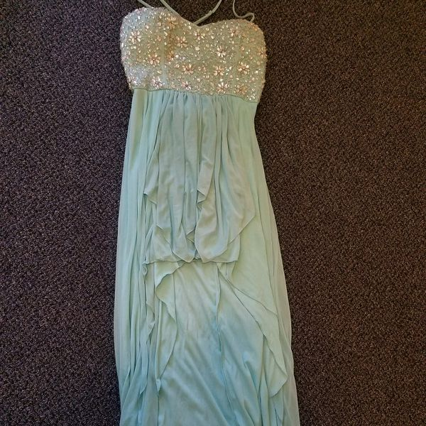 Size 13 PROM Dress for Sale in Reno, NV - OfferUp