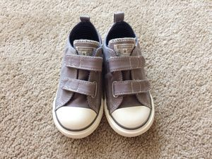 Brand new Converse toddler shoes size 9 for Sale in Alexandria, VA