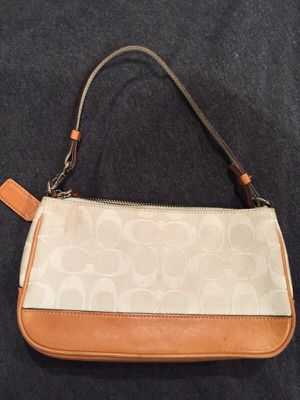 Coach purse for Sale in Philadelphia, PA