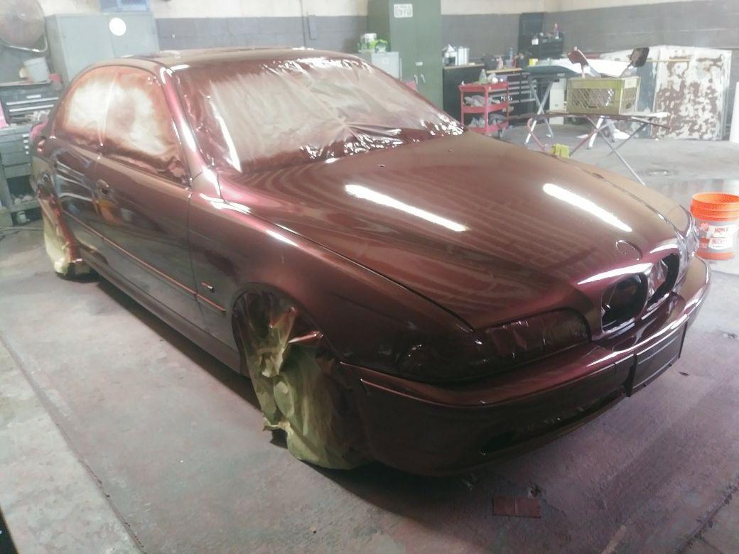 Trabajos d body shop y pintura d carros Buenos precios. Dr trabajan con aseguranzas.