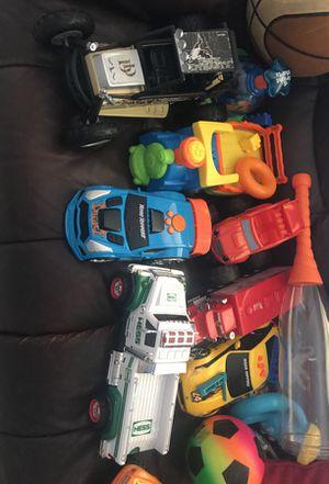 Free toys. Juguetes gratis for Sale in Hialeah Gardens, FL