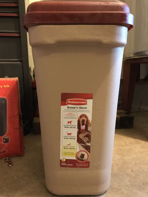 Rubbermaid Pets Scoopn Store Pet Food Storage Container 45 lbs