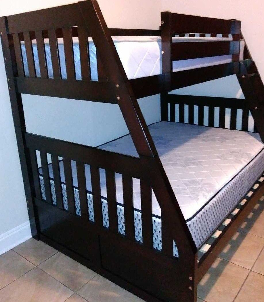GREAT SALE NEW BUNK BED WITH MATTRESSES