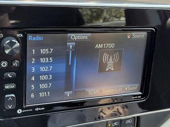 2017 Toyota Corolla iM Thumbnail