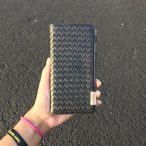 Beautiful iPhone 6s Plus Case! for Sale in Ashburn, VA