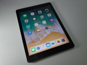 iPad Air 2- Factory Unlocked - Comes w/ Accessories & 1 Month Warranty for Sale in Lorton, VA