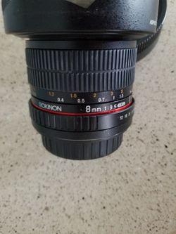Rokinon 8mm f/3.5 UMC Fish eye CS 2 Lens Thumbnail