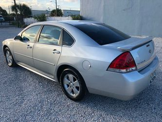 2011 Chevrolet Impala Thumbnail