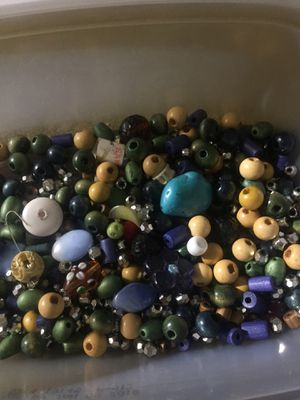 Assorted beads for beating for Sale in Fremont, CA