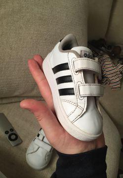Adidas kids shoes Thumbnail