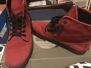 Dr. Martin Canvas boots , burgundy , In great condition size 7 for Sale in Washington, DC