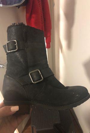 f8f0b0e2e73 New and Used Ugg boots for Sale in Santa Barbara, CA - OfferUp
