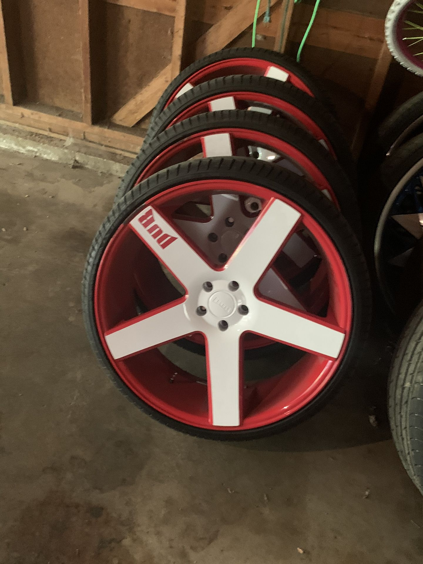 """24"""" Dub Ballers with tires"""