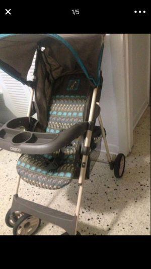 Cosco baby stroller for Sale in Miami, FL