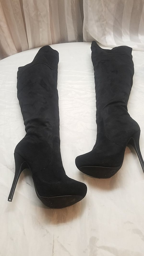 2d789eeb897 Knee high boots size 6 and 1 2 for Sale in Canyon Lake