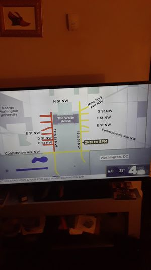 50 inch smart tv for Sale in Oxon Hill, MD