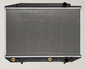 Radiator, Mercedes-Benz 380SE 380SEC 380SEL 420SEL 500SEC 500SEL 560SEC 560SEL for Sale in Whittier, CA