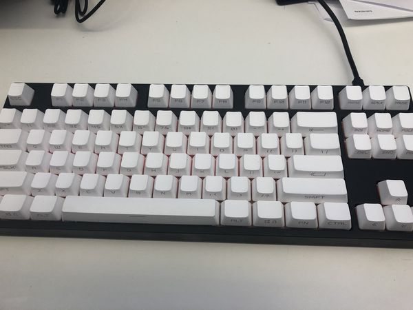Coolermaster Masterkeys Pro S Rgb W White Pbt Key Caps For Sale In Tigard Or Offerup