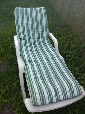 Sunbathing bad outdoor furniture for Sale in Hollywood, FL