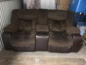 Admirable New And Used Reclining Loveseat For Sale In Compton Ca Gmtry Best Dining Table And Chair Ideas Images Gmtryco