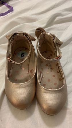 Girls rose gold shoes size 6 Thumbnail