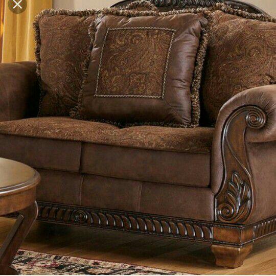 Sofa Set Bradington Brown Pillows