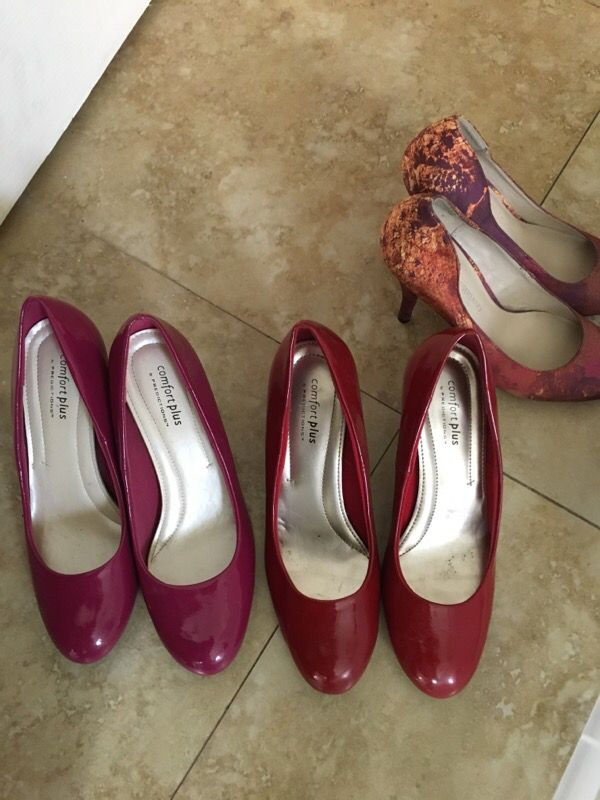 4492d8d5e48 Size 7 Red and Fuscia Comfort Plus by Payless pumps. for Sale in ...