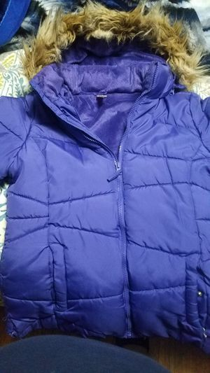 Free girl jacket size xl for Sale in Silver Spring, MD